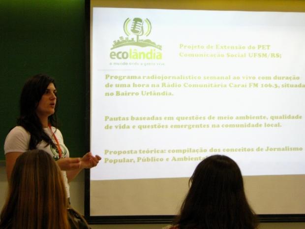 Gabrielli apresentando um dos programas do Ecolândia.