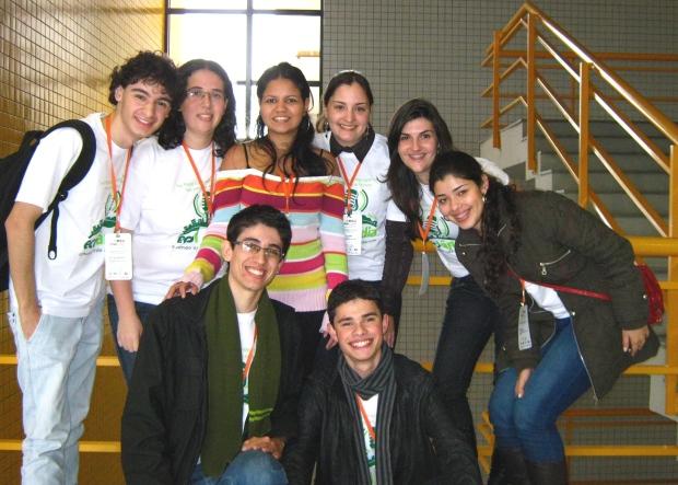 Equipe do Ecolândia após apresentar o trabalho na Mostra Competitiva