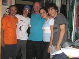 Integrantes do Ecolândia e entrevistado em abril de 2009.